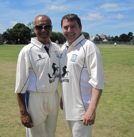 Gareth with Min Patel before Charity Game – 30th June 2013
