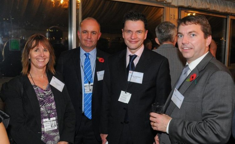 Gareth meets Bluewater staff at Retail APPG – 12th November 2010
