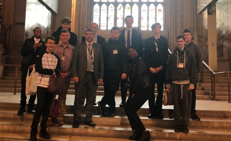 Rowhill School visit to Parliament – April 2019